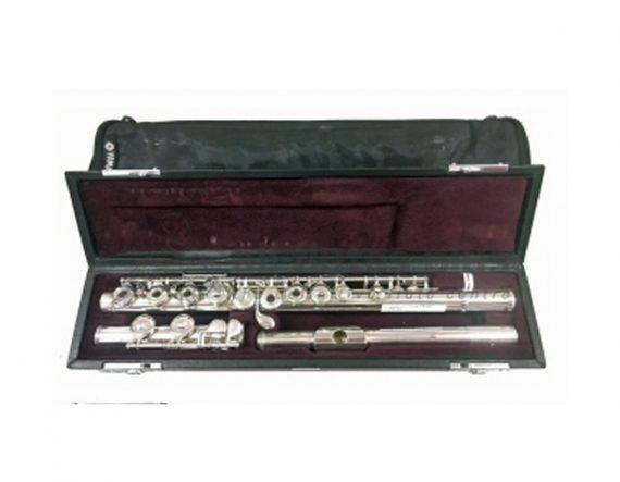 Yamaha 471 Secondhand Flute-c7554