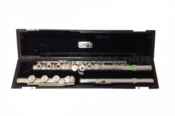 Ex Display Haynes Custom Handmade All Silver Flute with 14k Gold Riser