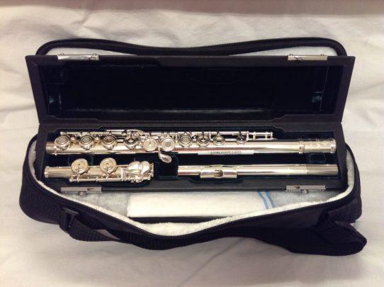 Azumi Z1 Secondhand Flute-c8255