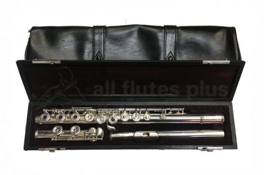Yamaha YFL574 Secondhand Flute-c8958