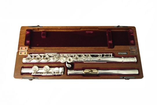 Miyazawa 402RE Secondhand Flute with 9ct Gold lip and Riser-c8993