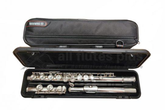 Yamaha YFL212 Secondhand Flute-c8911