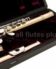 Yamaha YFLA421 Alto Flute-Straight and Curved Headjoint Close Up